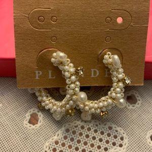 Plunder Pearl Hoop Earrings